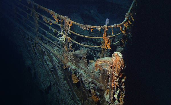 The bow of the Titanic wreck underwater, photographed in 2004.